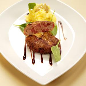 Salamibiffar med krämig potatismos