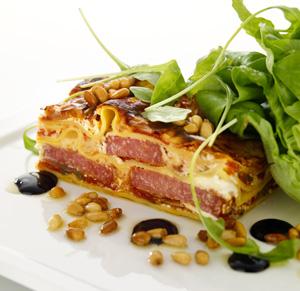 Lasagne med salami och ruccola
